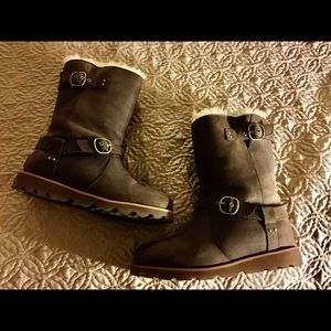Ugg Nora Boots